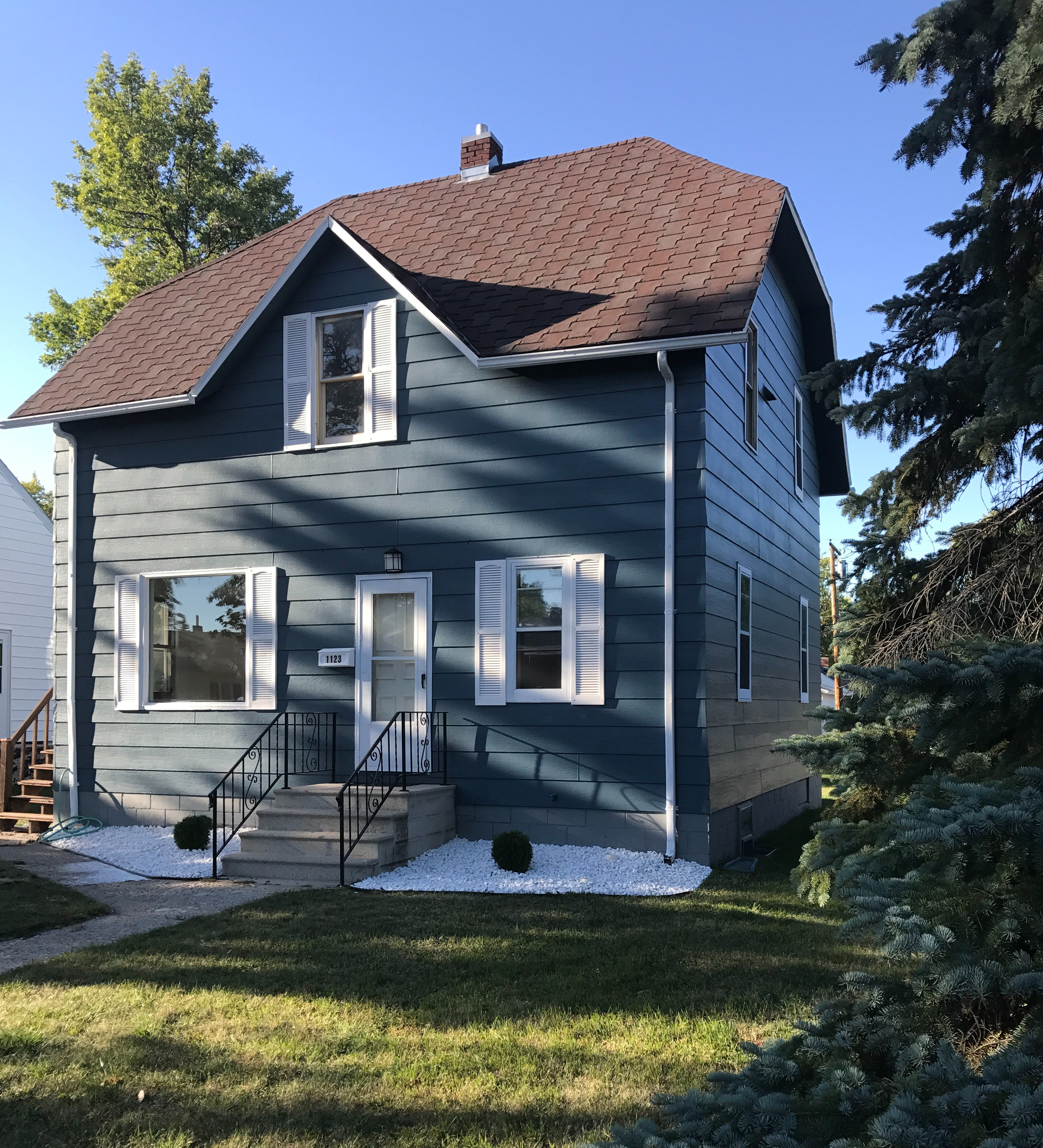 House FOR SALE! 5 Bed, 3 Bath, Large Yard $119,000